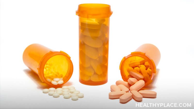 Opioids vs. opiates. What's the difference between opioids vs. opiates? Get the answer on HealthyPlace.