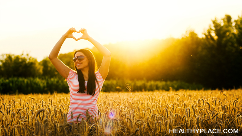 Practicing gratitude is easy when you feel good about things. But what if you don't feel grateful? Get the solution to that on HealthyPlace.