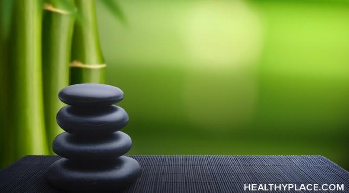 A feng shui home can lift your level of wellbeing by teaching you to be present and mindful. Learn more about how feng shui makes you mindful at HealthyPlace.