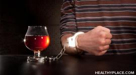 Alcoholism rehab. Is it time for an alcohol treatment center? Detailed info on types of alcohol treatment centers, alcoholism treatment center programs, costs.